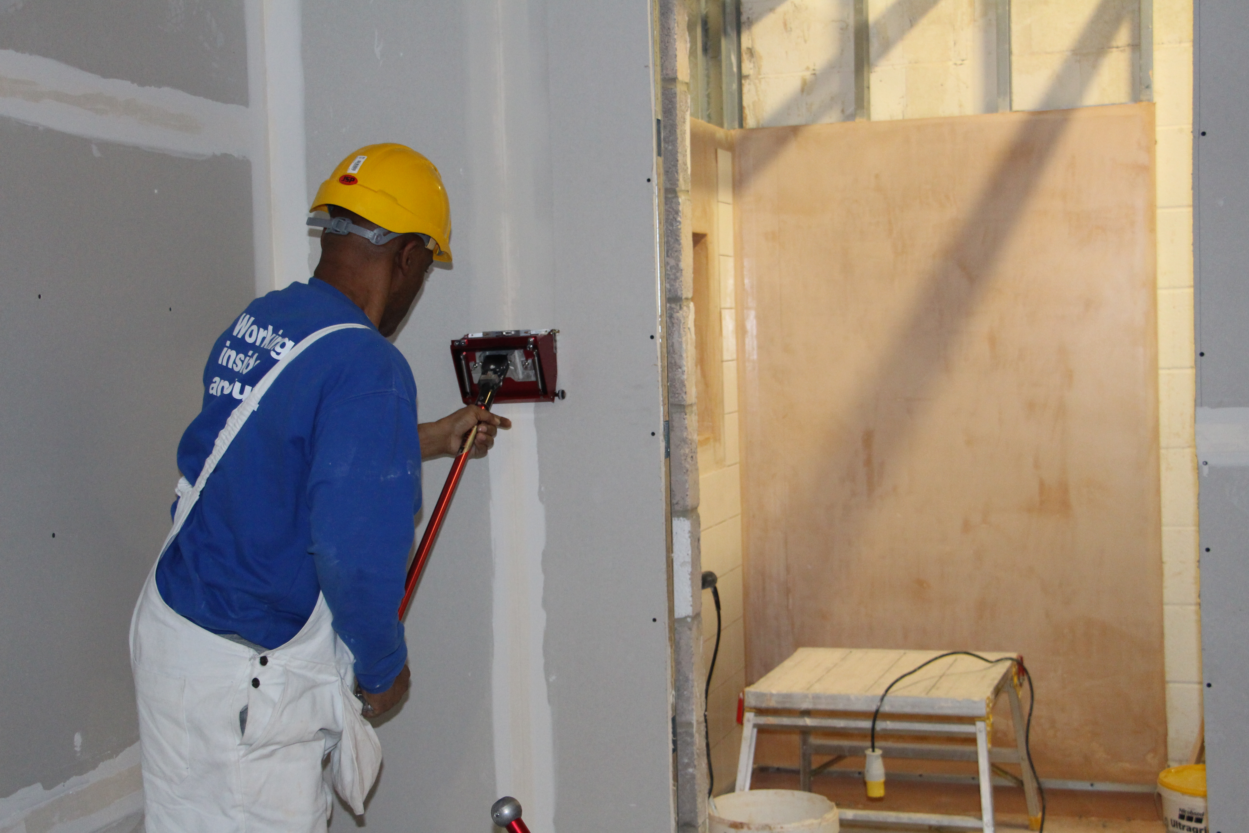 Using a drywall flat box